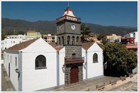 Iglesia de San Pedro Brena alta, la palma
